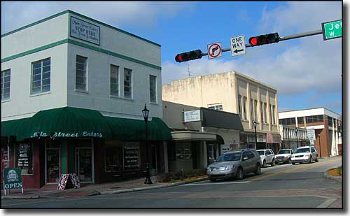 Other historic buildings in downtown Brooksville